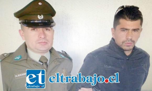 El condenado Jorge Espinoza Villarroel arriesga ser condenado a una pena de ocho años de cárcel por el delito de robo con intimidación.