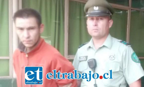 El imputado Fernando Figueroa Vera, fue capturado en horas de la madrugada de este martes acusado de robo en lugar habitado en San Felipe.