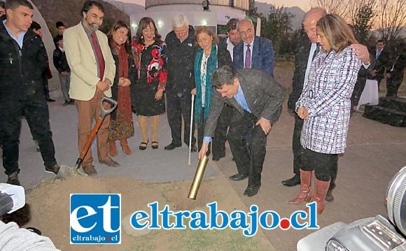 Autoridades del valle pusieron la primera piedra de lo que será el más sofisticado de todo Chile, de Latinoamérica y uno de los mejores del mundo.