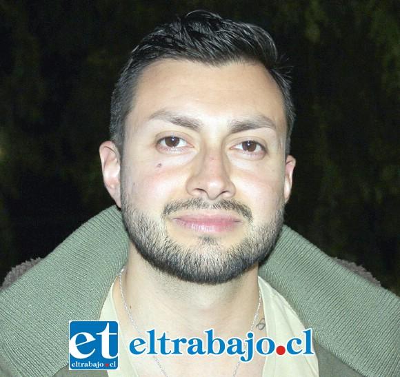 Esteban Herrera, Coordinador de la Oficina de la Juventud.