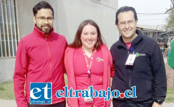 De izquierda a derecha la directiva del sindicato: Rolando Narváez, Paulina Castro y Felipe Cid, tesorero, presidenta y secretario, respectivamente.
