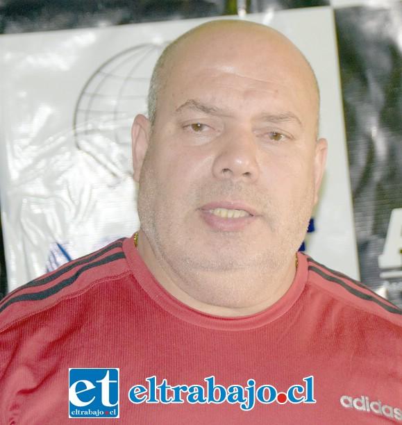 Antonio Amar, organiza el campeonato.