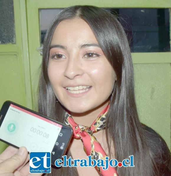 Belén Andrea Ortiz, profesora y tutora de las participantes.