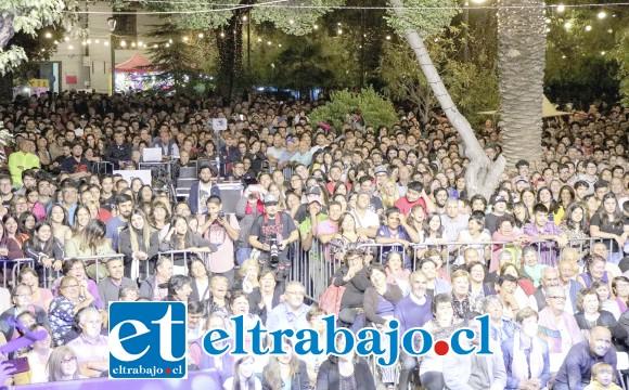 La gran mayoría de las nueve noches la plaza de Putaendo estuvo prácticamente repleta.