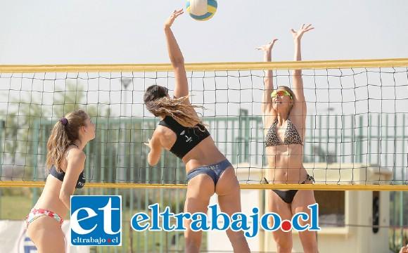 Las mejores duplas femeninas del voleibol playa chileno competirán este fin de semana en Putaendo.