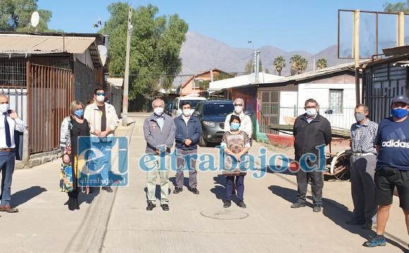 Alcalde Patricio Freire, concejales, Serviu y dirigentes, visitaron término de obras del pasaje Alemania, en villa La Escuadra.