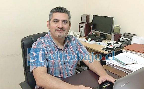 El abogado sanfelipeño Juan Carlos Acuña ocupa altos cargos en la Federación de Básquetbol.