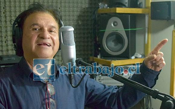 CANTANTE Y ARREGLISTA.- Estay es arreglista también, modifica sus pistas y también canta los temas, tiene cientos de melodías listas para disfrutarlas.