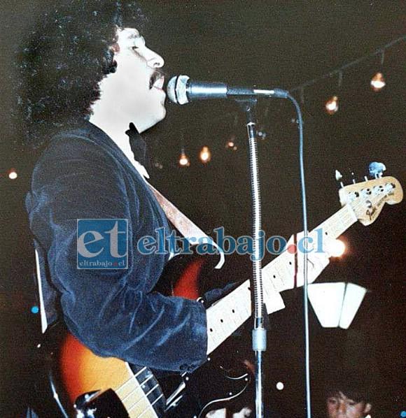 HOMBRE DE DESAFÍOS.- Como bajista, Jorge Estay siempre aceptó los desafíos que la vida le ha propuesto.