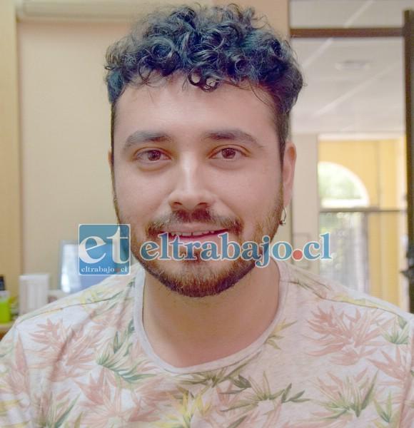 Guitarrista y cofundador de la banda, Christian Lazo Morales.