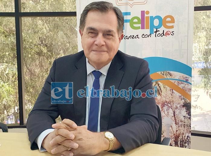 El alcalde suplente, Christian Beals, informó de las medidas administrativas que se han adoptado al interior del municipio.