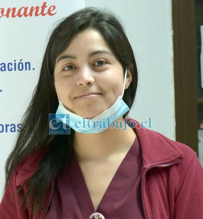 Tecnóloga del San Camilo, Pamela Curaqueo.