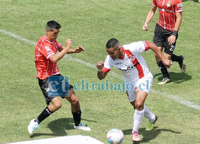 Pablo Vergara no tuvo mayor éxito en el juego de ayer ante el cuadro carabelero. (Foto Jaime Gómez).
