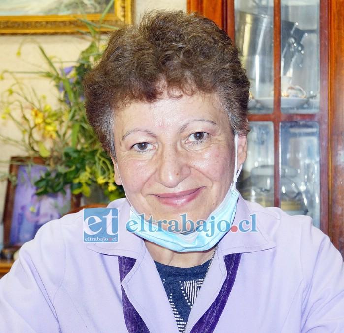 Presidenta de 'Damas de Lila', la señora María Vilches Contreras.