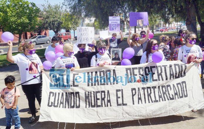 SIGUE LA PRESIÓN.- Este miércoles en la mañana y tarde, en el bandejón de Yungay con calle San Martín hubo otra manifestación.