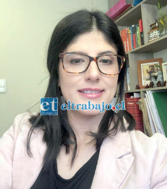 Bibiana Rendón Zapata, elabora su tesis sobre la Conservera Penztke.