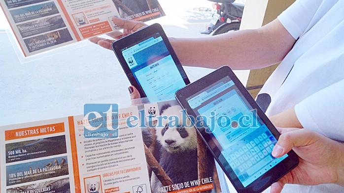 TODO EN DIGITAL.- Cada donante es registrado Online por medio de estas Tablets, así no se manejará dinero en efectivo.