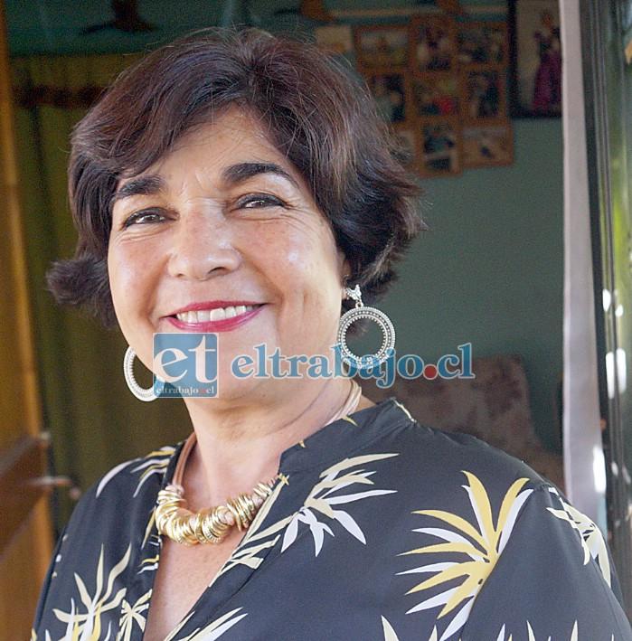 SIEMPRE MARISOL.- Ella es Marisol Ponce, concejala de Santa María, quien esta vez se lanza por la alcaldía de esa misma comuna.