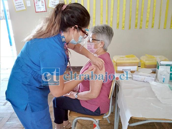 Hasta la fecha ya se han inoculado más de 21.000 personas en la red de salud de Aconcagua, una cifra histórica en la lucha contra la pandemia.