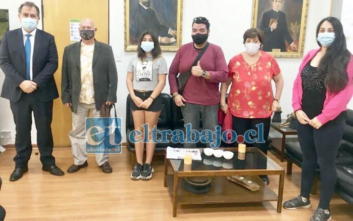 Directiva e integrantes del Club de Artes Marciales 'Marcela Sabaj', quedaron bastante satisfechos tras reunirse con el alcalde Christian Beals.