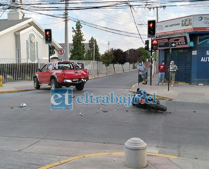 Acá los vehículos que protagonizaron el accidente de tránsito en la mañana de ayer lunes.